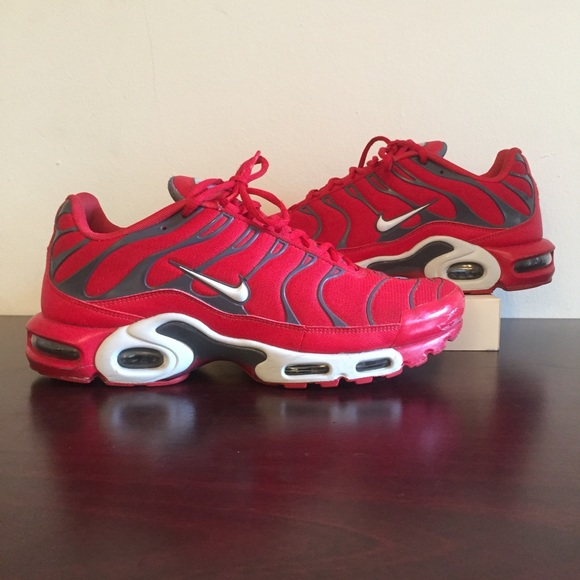 78247d9fc7 Nike Air Max Plus University Red Pure Platinum. M_5cb8d9dc248f7a6dfe2f4900